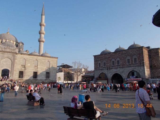 Halil KARADENİZ Gia Oficial de Turismo en Estambul http://guia-de-estambul.com